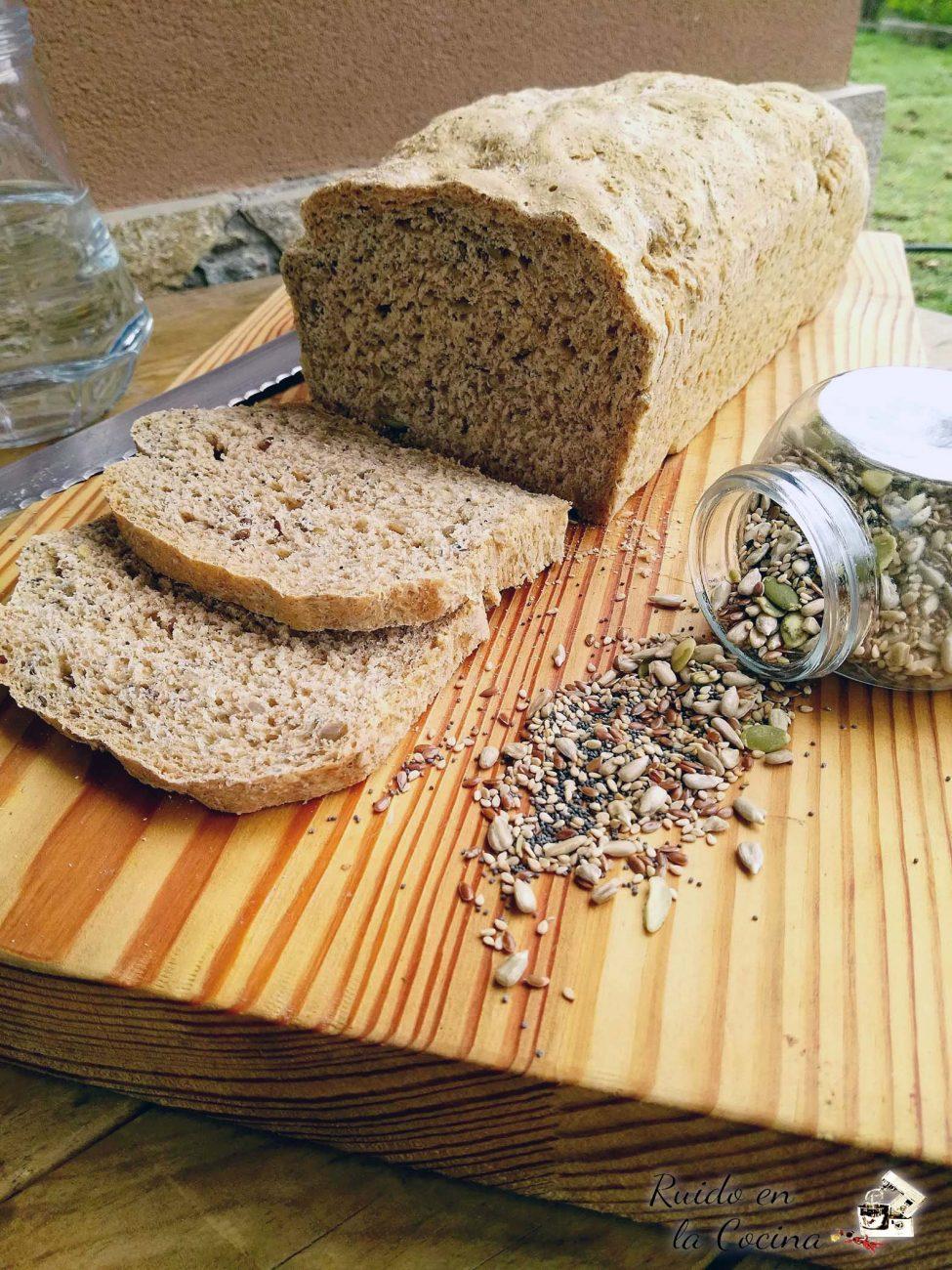 Pan de molde con semillas de chía