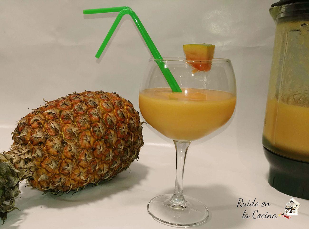 Batido de papaya y piña