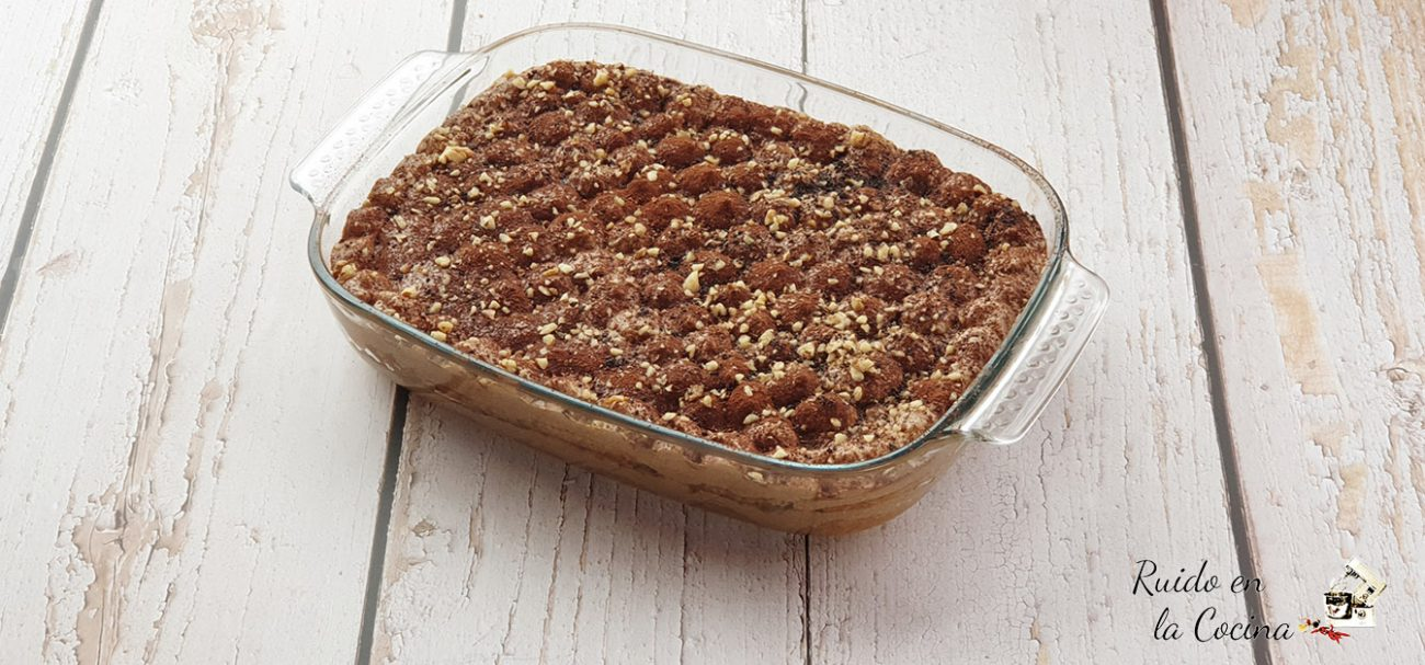Tiramisú de Nutella® y avellanas
