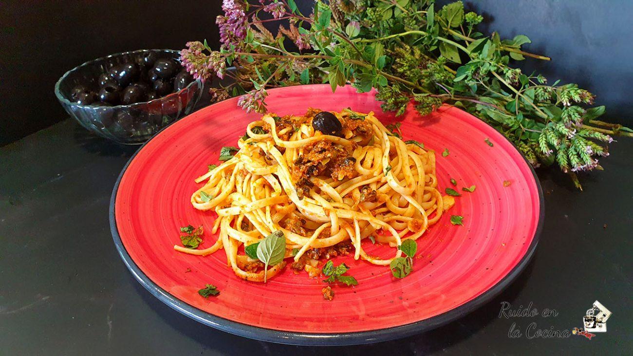Espaguetis alla puttanesca