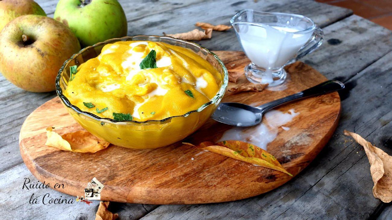 Salsa de mango al curry y leche de coco, buenísima